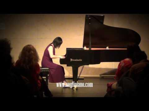 Ang Li Performs Alexina Louie: Memories In An Ancient Garden
