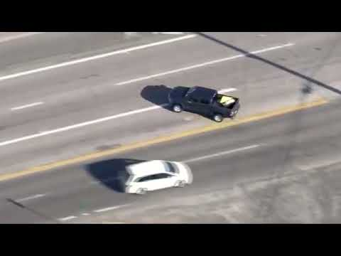 Pasadena police chase man in stolen Toyota Tundra (Oct. 4, 2017)