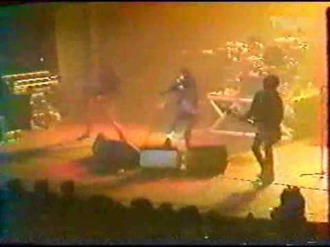 Ramones - France, Lyon (1990-11-19) + Marky Interview [1]