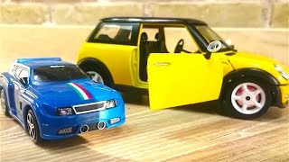 Coches de carreras - Speedy y Bussy