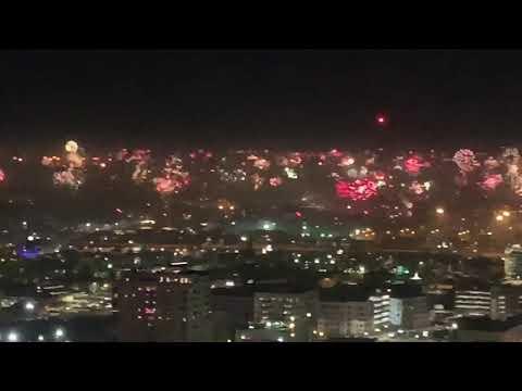 Jones and Company - San Antonio's New Years Fireworks are Wild!