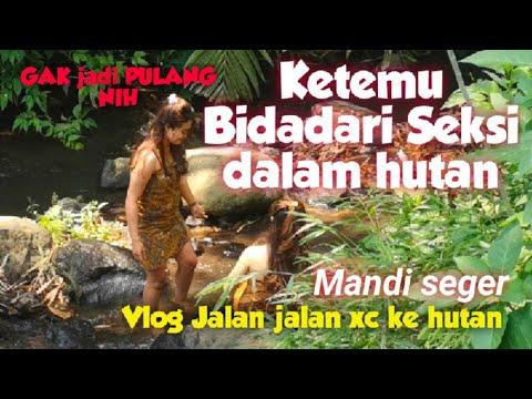 Viral Ketemu BIDADARI SEKSI Cantik🔴 Gowes Vlog Jalur Gadis Desa Mandi Seger di sungai hutan