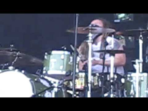 Shinedown - Killer intro + Cry For Help @ Pinkpop 2009