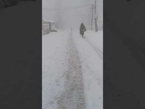 Extremely beautiful snow fall in kashmir baramullah