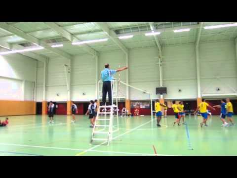 Oups ... K.O by volley-ball !!
