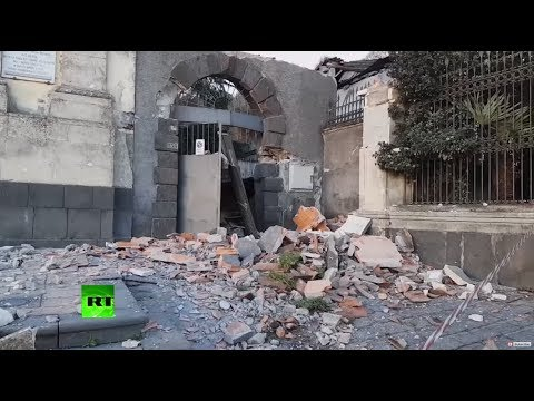Earthquake in Sicily forces people to flee their homes, several injured