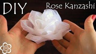 Белая роза из органзы / Kanzashi Rose Tutorial(Меня зовут Настя, и я рада приветствовать вас на своем канале, на котором представлены мастер класс по канза..., 2014-05-23T06:30:00.000Z)