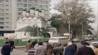 ГАЗ-24, RAF-977IM, милиция-ГАИ и скорая из к/ф ''Иван Васильевич меняет профессию'' (1973).