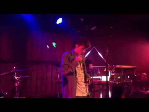 Troye Sivan - COOL (Live) FRONT ROW