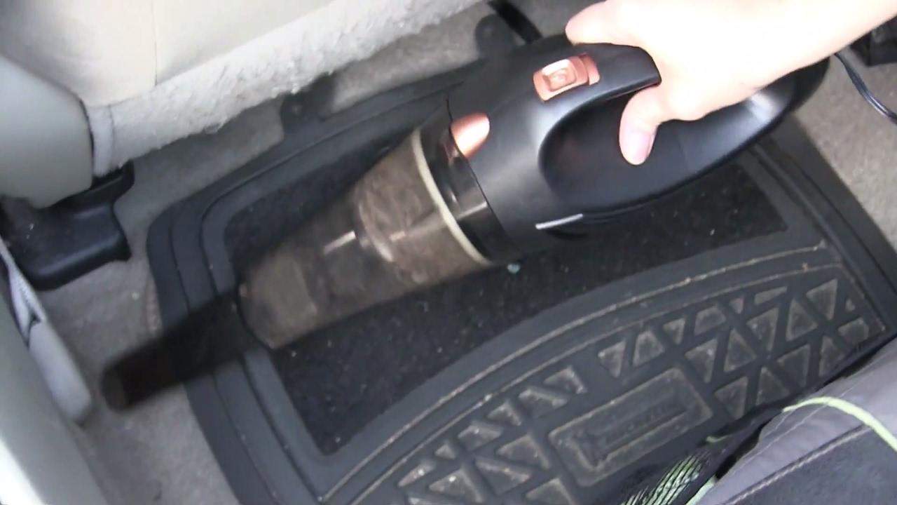 Firestone Portable Vacuum 12-volt Portable Appliances