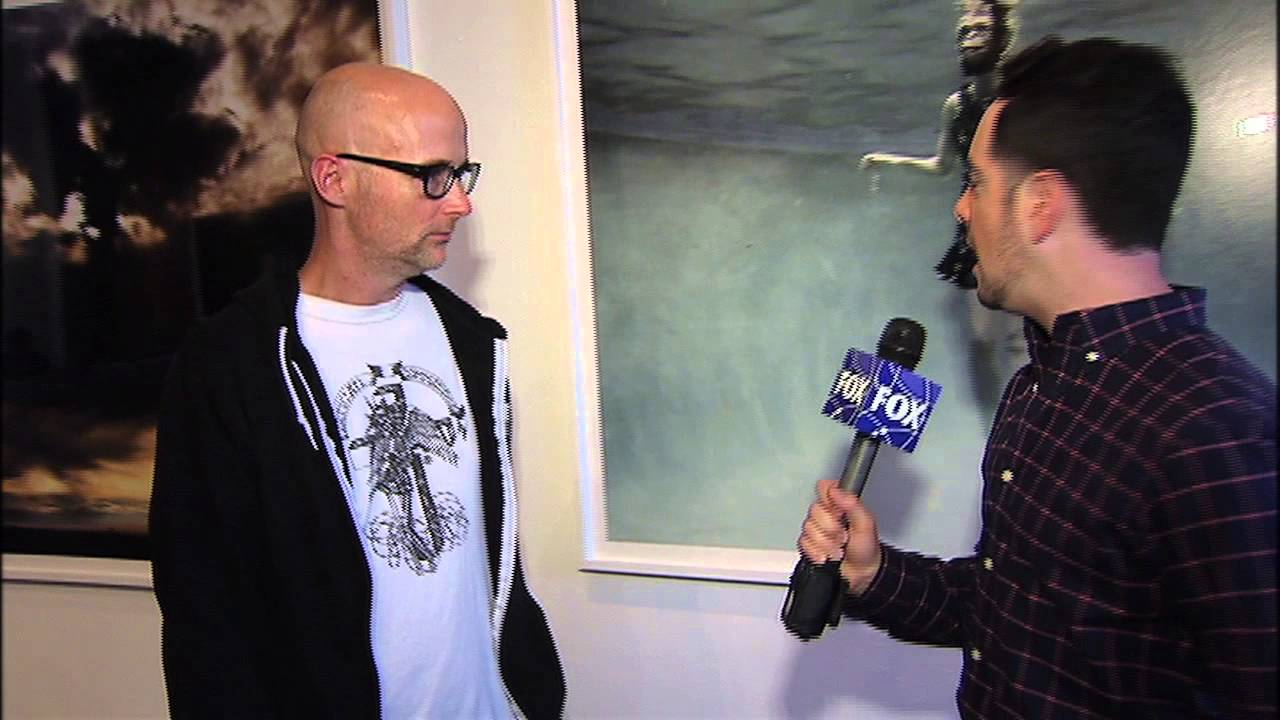 All New Interviews-Johnny Depp, Nic Cage, Mindy Kahling, Moby and the cast  of 'A Haunted House 2'