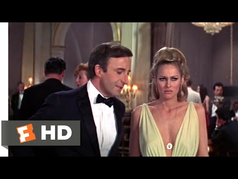 Casino Royale (1967) - Vesper is Kidnapped Scene (6/10) | Movieclips