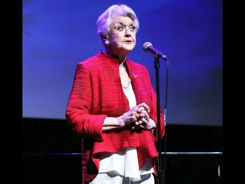Angela Lansbury, 90, Sings 'Beauty and the Beast' on 25th Anniversary