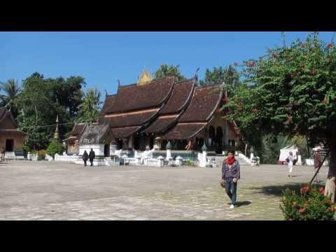 Wat Xieng Thong, Luang Prabang, Laos Tour