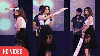 Sunny Leone Batting At Box Cricket League