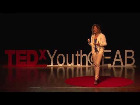 Como Lidar Com Pensamentos Ruins e Sentimentos Decorrentes do Medo | Mariana Neves | TEDxYouth@EAB