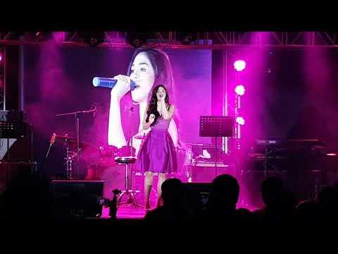 Janella Salvador singing