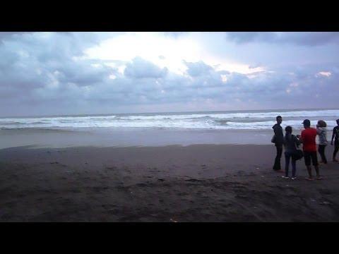 tempat-wisata-alam-pantai-parangtritis-yogyakarta