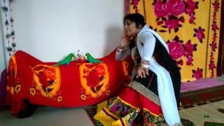aaya aaya atariya pe koi chor dance perform
