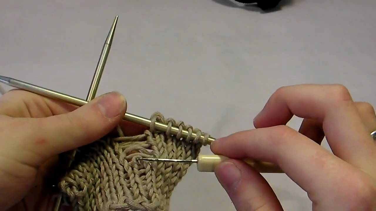 Knitting Dropped Stitch Help : Quick Knitting Tip: Pick Up a Dropped Stitch - YouTube