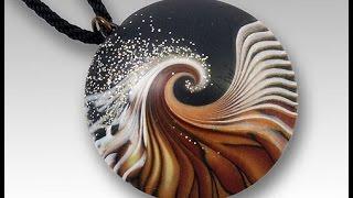 Лак для полимерной глины. Видео от Анатольевича.(Лак для полимерной глины. Каким лаком покрывать украшения из полимерной глины (пластики). Видео от Анатолье..., 2015-03-14T19:01:07.000Z)