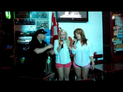 Ahu & Abe - Barbie Girl beim Karaoke im Red Devil