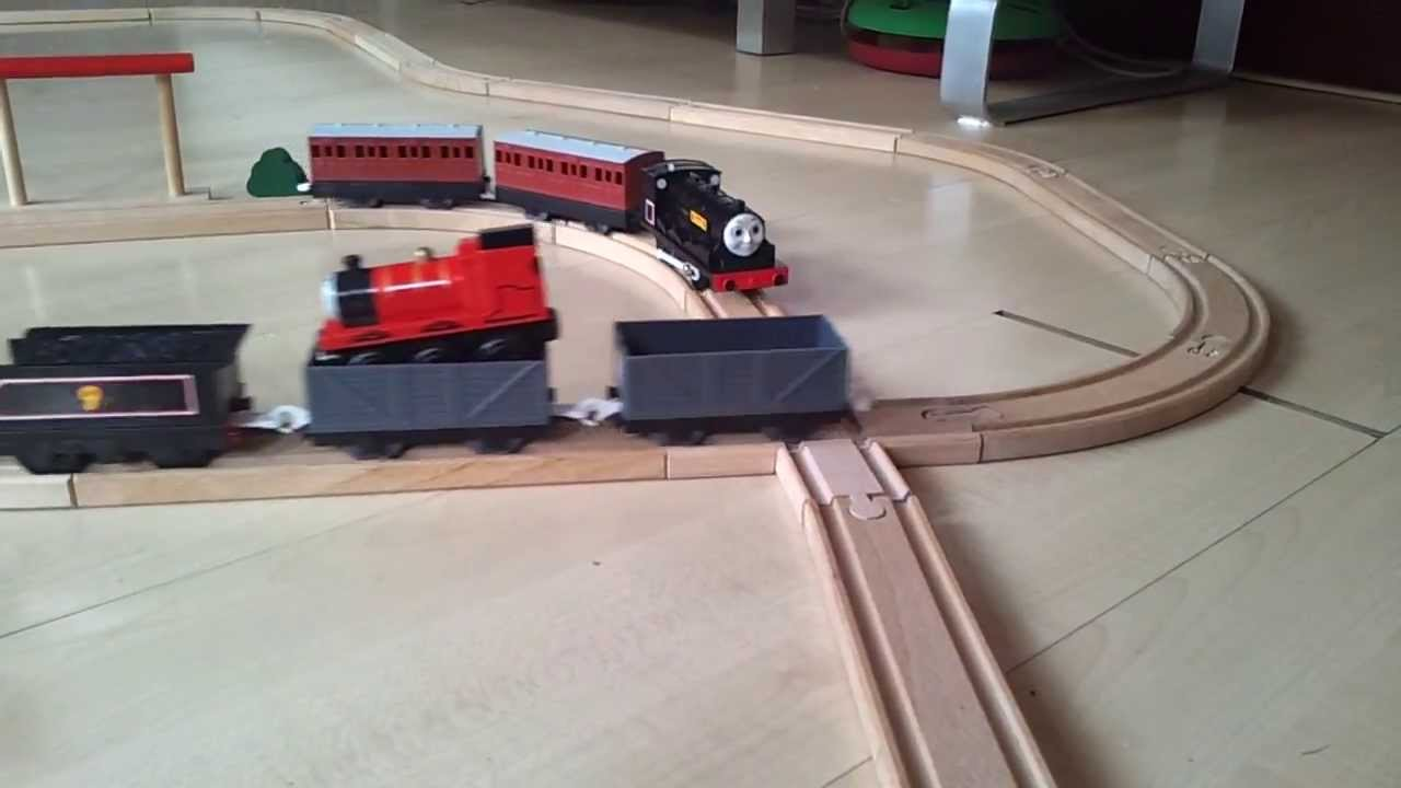 Thomas And Friends Electric Tomy Trains On Wooden Railway Wooden Track