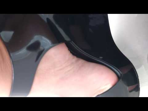 9258436c5 Ste_feet - Melissa Mar Wedge Preta - YouTube