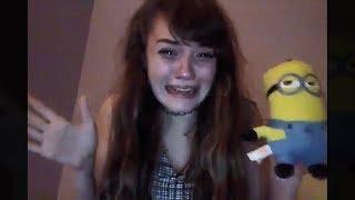 Chica es extremadamente asustada por minions...!