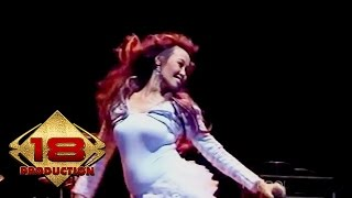 Gambar cover Pinkan Mambo - Toxic (Live Konser Ancol 31 Desember 2005)