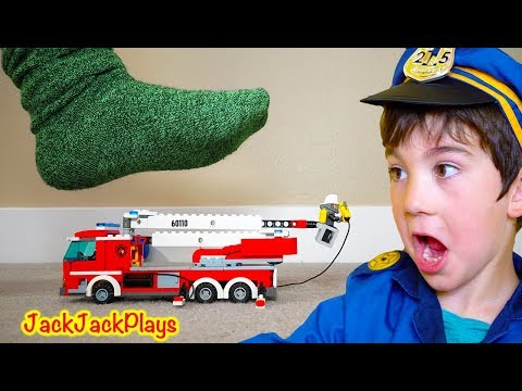 DON'T STEP ON THE LEGO TOYS! Pretend Play Cops and Robbers Skit