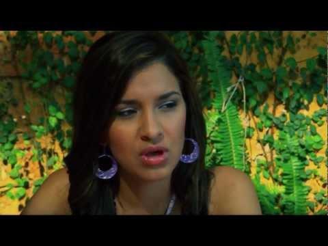 "Las Fenix  ""Perfume"" Video Oficial"