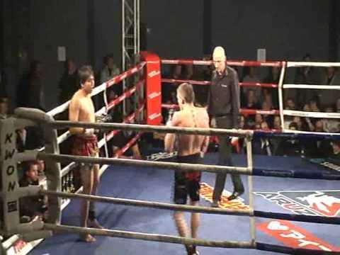 Alex Vogel vs Chong Pralomram 2von2.avi