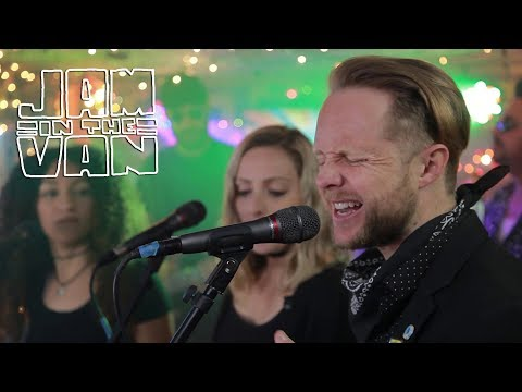 """THE NIGHTOWLS - """"Don't it Feel Weird"""" (Live at JITV HQ in Los Angeles, CA 2018) #JAMINTHEVAN"""