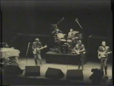 Squeeze - Newcastle City Hall  - January 11, 1990