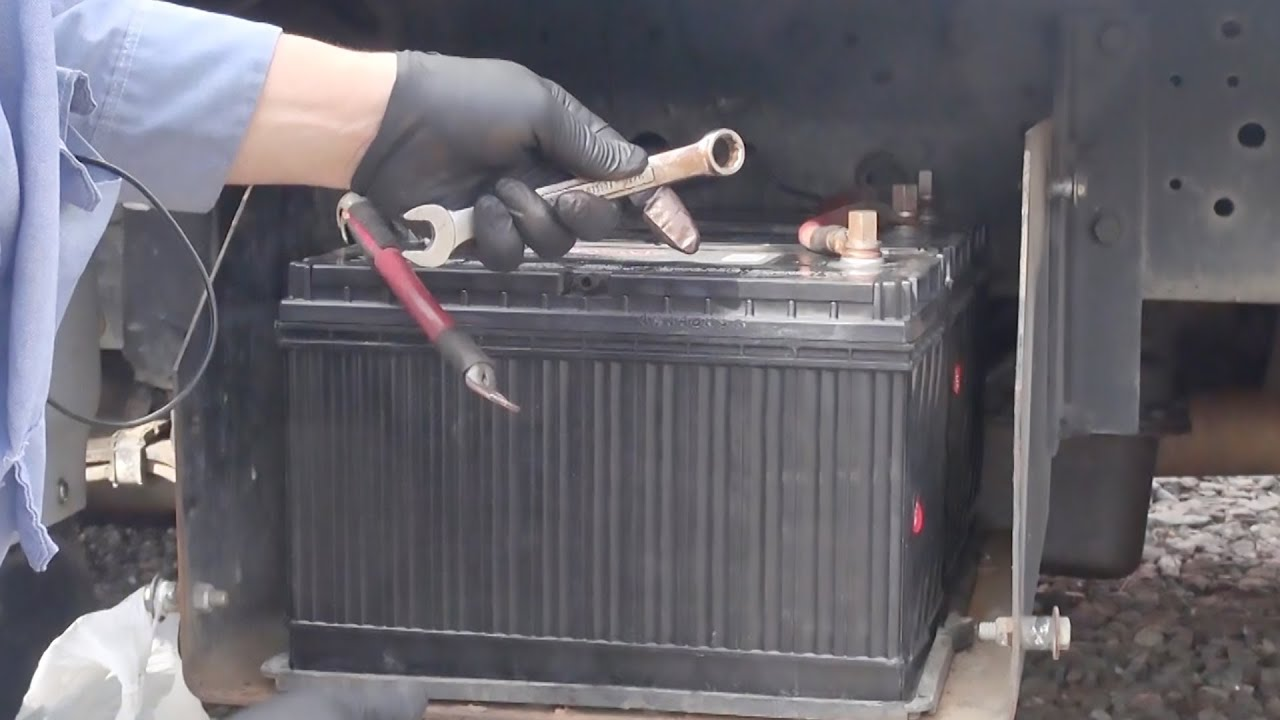 change truck battery in big truck 1 - youtube international battery wiring diagram 4