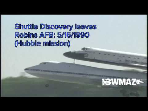 Space Shuttle Discovery leaves Robins AFB after Hubble mission