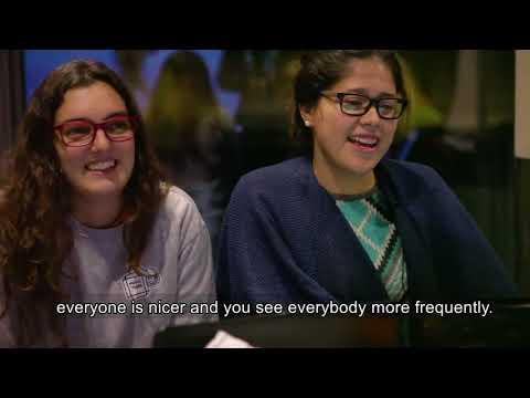 Mensagem de Boas Festas das estudantes de Ciências em mobilidade na Copenhagen Business School