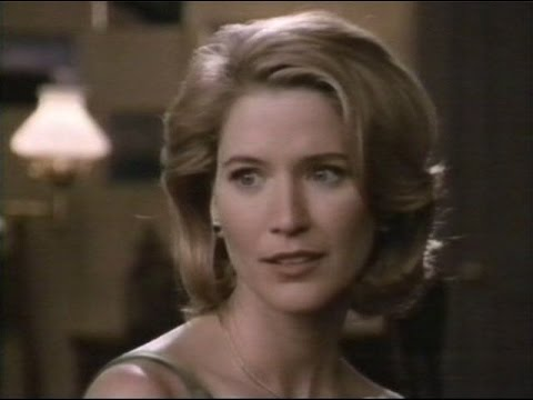"Savannah - 2x18 ""The Gal to Marry Dear Old Dad"" (1997)"