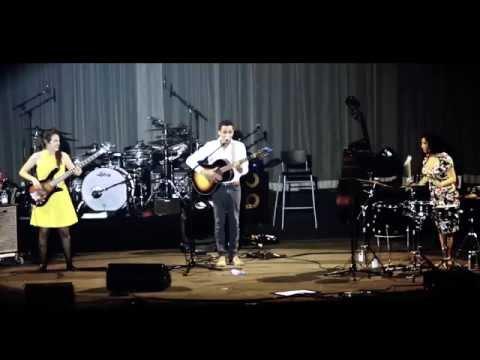 Anwar - Street Singer - Live@ Zénith (Lille) - Zaz Tour