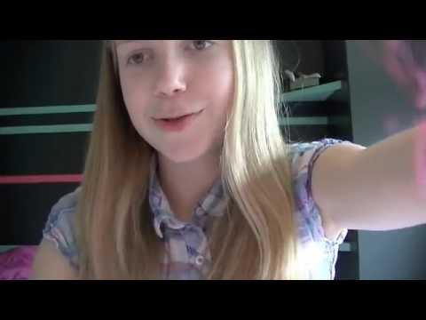 ASMR: hair brushing & mounth sounds+whispering - YouTube