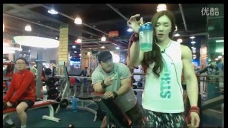 Yeon Woo Jhi Shoulder and Tricep workout, nutrition and form