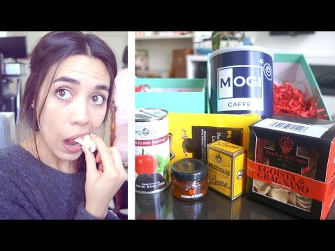TASTING ITALY!!! (Try The World Box) | Unboxing