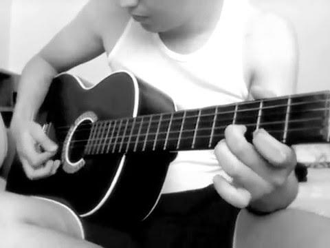 trova-paisa-en-guitarra-carlos-mosquera