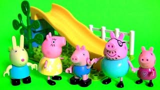 Blocks Peppa Pig Playing in the Playground Slide with Pig George Juguetes de Peppa Pig con Tobogán