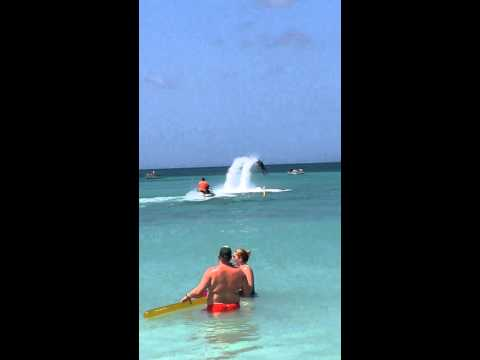 Jet Lev in Palm Beach Aruba