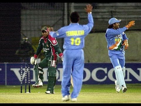 MS Dhoni's 15 Classic Stumpings - Fastest hands in Cricket
