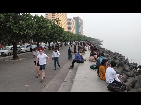 Marine Drive Mumbai; Don't Think This is not in India