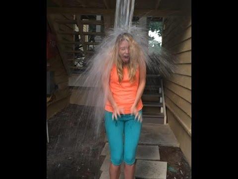 Amanda Borges Accepts Ice Bucket Challenge