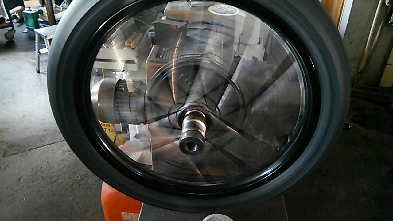 Fabelhaft Bremstrommel ausdrehen BSA 8 Zoll Bremse 21 Zoll Felge mit Reifen &XA_98